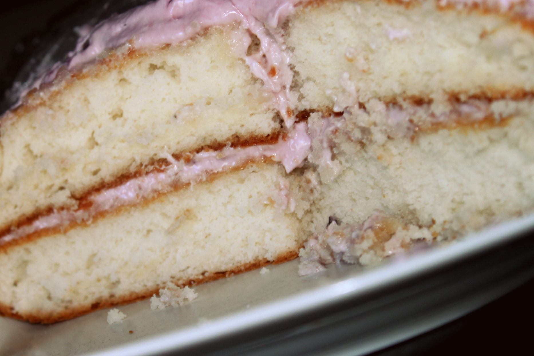 How Long Will Cakes Stay Moist Without Frosting
